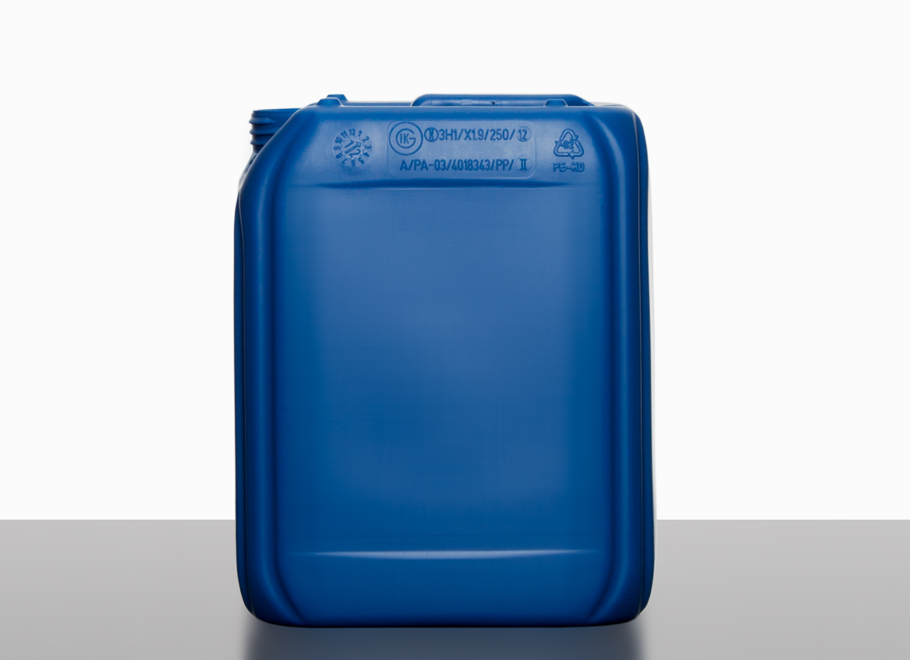 Plastic canister: 5,0 liter, colour: blue